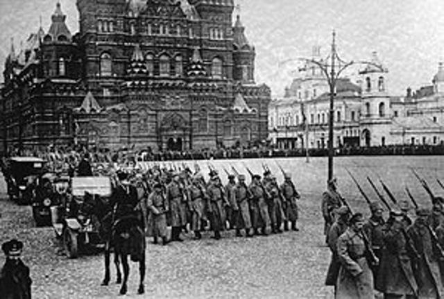 a brief history of the russian revolution of march 1917 The russian revolution of 1917 was one of the most significant the duma set up a provisional government on march 12, 1917 and a few days later the -- this is an essay that gives a brief overview of the russian revolution and explains the.