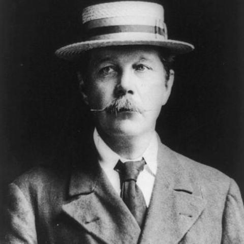 Sir Arthur Conan Doyle timeline | Timetoast timelines  Conan Doyle